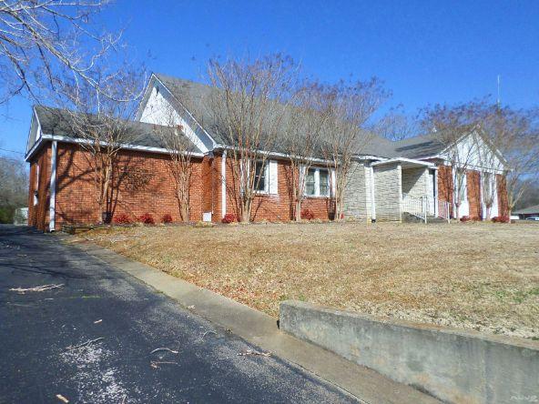 901 South Jackson Avenue, Russellville, AL 35653 Photo 2