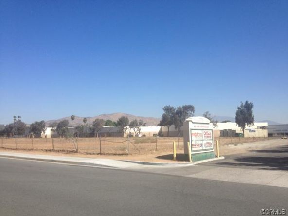 15 Graham Avenue, Moreno Valley, CA 92553 Photo 9