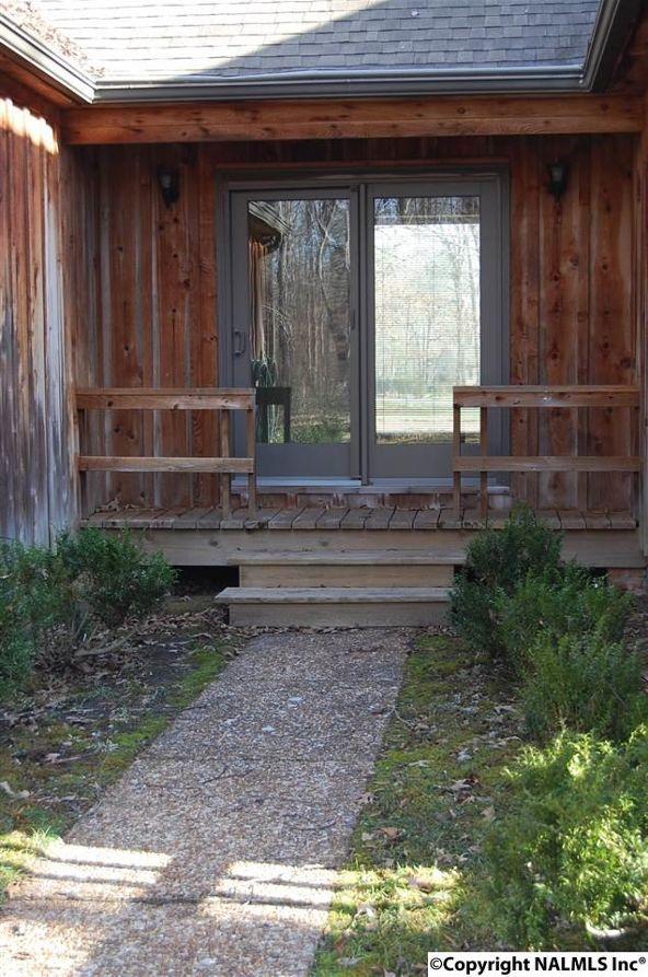 130 Woodland Terrace, Moulton, AL 35650 Photo 27