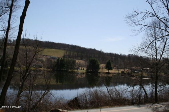 55 Bunnell Pond Rd., Honesdale, PA 18431 Photo 8