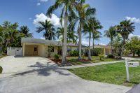 Home for sale: 711 Suwanee Avenue, Jupiter, FL 33458
