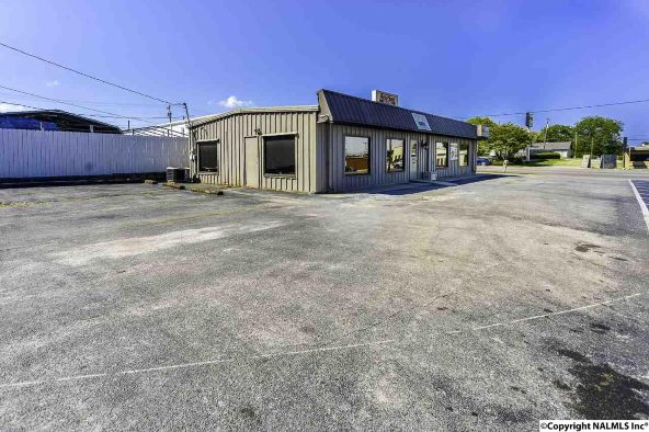 1320 6th Avenue S.E., Decatur, AL 35601 Photo 9