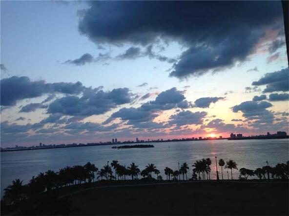 1900 N. Bayshore Dr. # 907, Miami, FL 33132 Photo 8