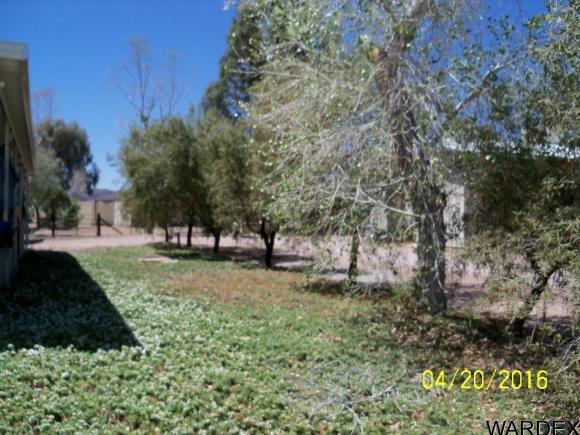 42562 la Posa Rd., Bouse, AZ 85325 Photo 6