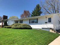 Home for sale: 2714 Crestline, Waterloo, IA 50702