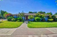 Home for sale: 200 E. Colonial Cir., Tulare, CA 93274