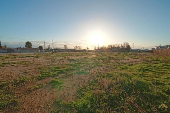 2 Petrol Rd., Bakersfield, CA 93308 Photo 19