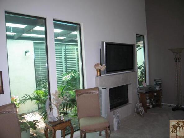 239 Calle del Verano, Palm Desert, CA 92260 Photo 3