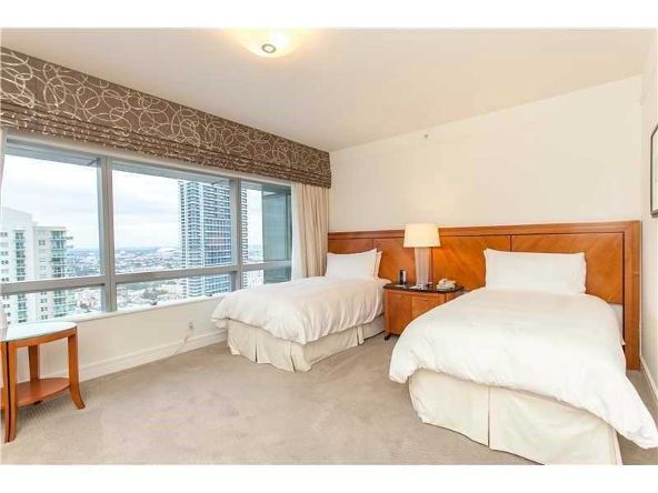 1435 Brickell Ave. # 3501, Miami, FL 33131 Photo 9