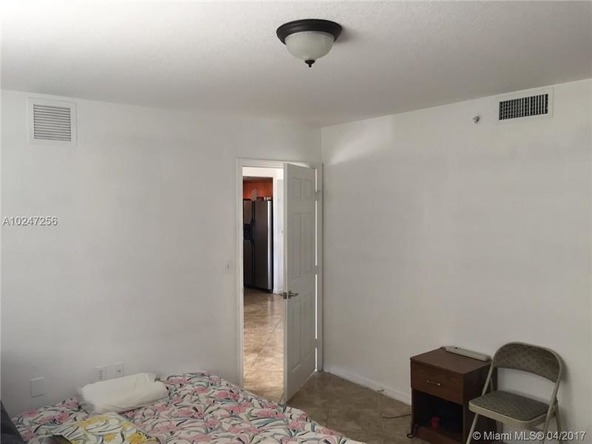 816 N.W. 11th St. # 406, Miami, FL 33136 Photo 2