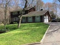 Home for sale: 106 Nancy Ct., Riverhead, NY 11901