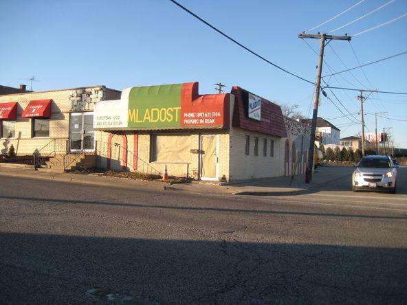 9800 Lawrence Avenue, Schiller Park, IL 60176 Photo 2