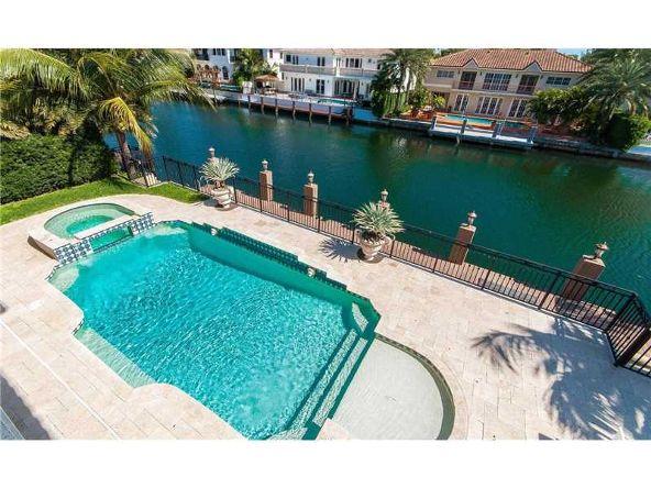 North Miami Beach, FL 33160 Photo 26