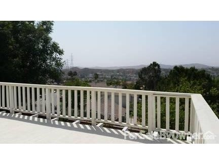 28715 Persimmon Ln., Santa Clarita, CA 91390 Photo 9