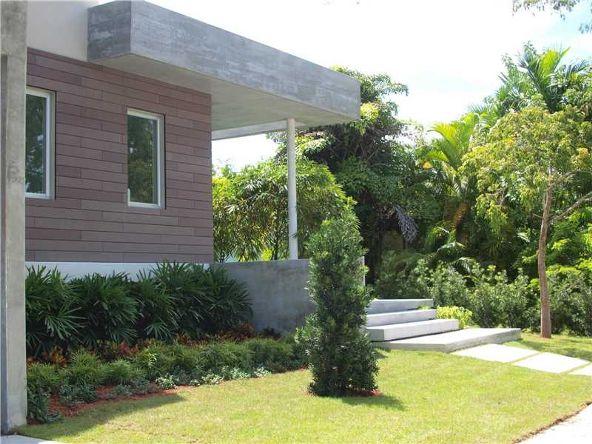 320 W. Heather Dr., Key Biscayne, FL 33149 Photo 2