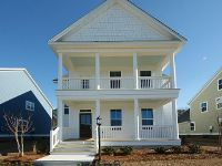 Home for sale: 8 Oak Bluff Avenue, Charleston, SC 29492