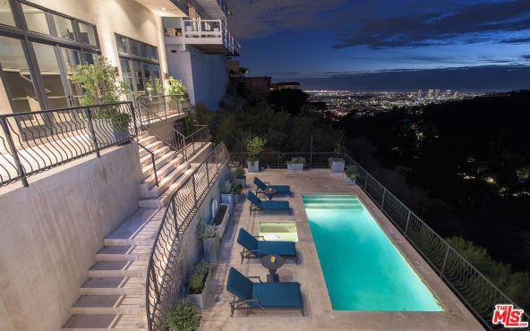 1901 Sunset Plaza Dr., West Hollywood, CA 90069 Photo 24