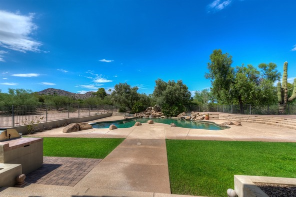 4840 E. Caida del Sol Dr., Paradise Valley, AZ 85253 Photo 2