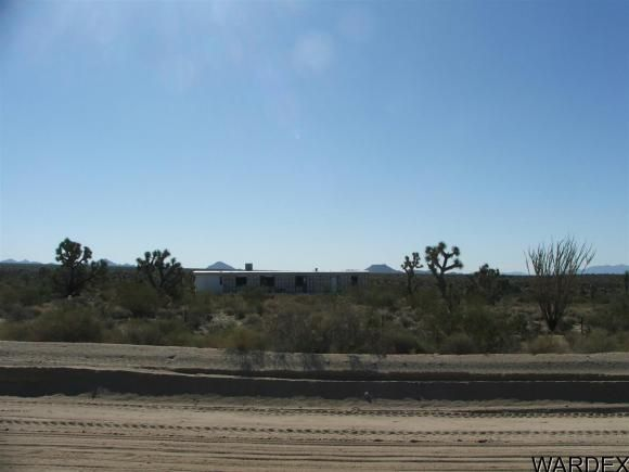 1752 E. Boriana Mine Rd., Yucca, AZ 86438 Photo 3