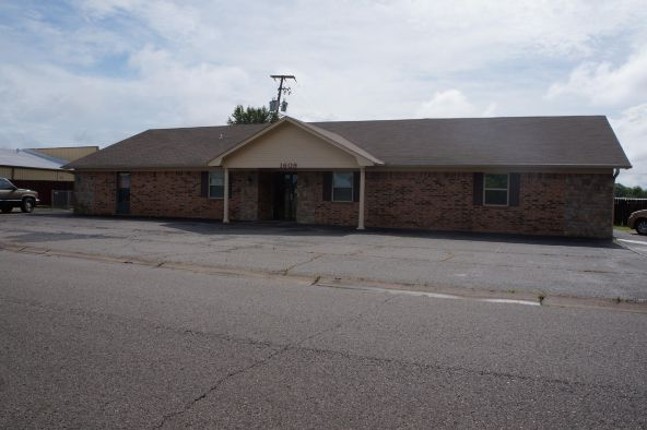 1609 S. Dayton Avenue, Russellville, AR 72802 Photo 2