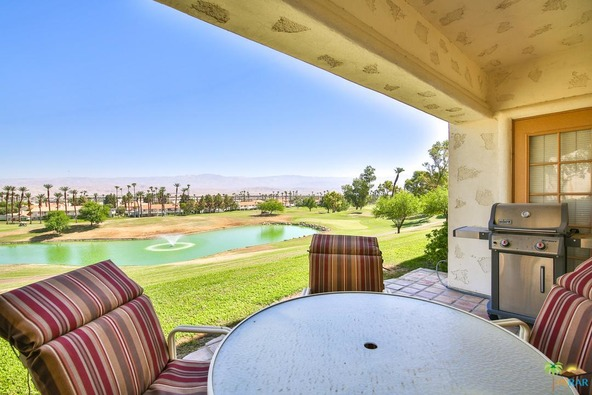 302 Vista Royale Dr., Palm Desert, CA 92211 Photo 20