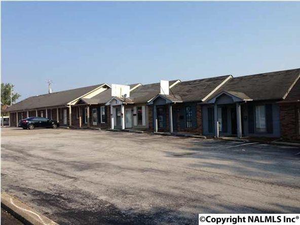 2620 Memorial Parkway North, Huntsville, AL 35810 Photo 2