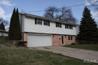 Home for sale: 1414 Glendale, Pekin, IL 61554