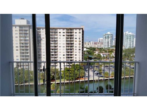 500 Bayview Dr. # 919, Sunny Isles Beach, FL 33160 Photo 12