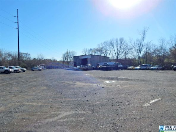 725 Pine Hill Rd., Tarrant, AL 35217 Photo 4