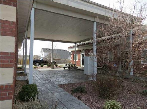 1803 S.W. Regional Airport Blvd. Unit #11, Bentonville, AR 72712 Photo 5