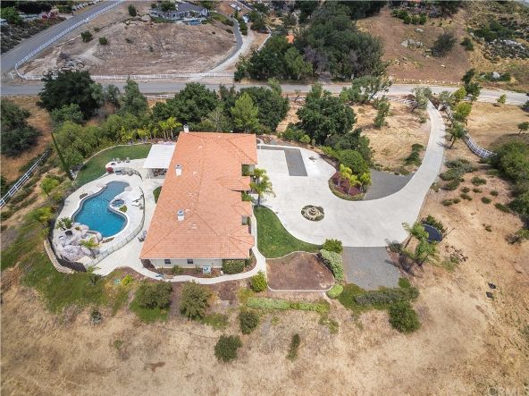 40920 Los Ranchos Cir., Temecula, CA 92592 Photo 3