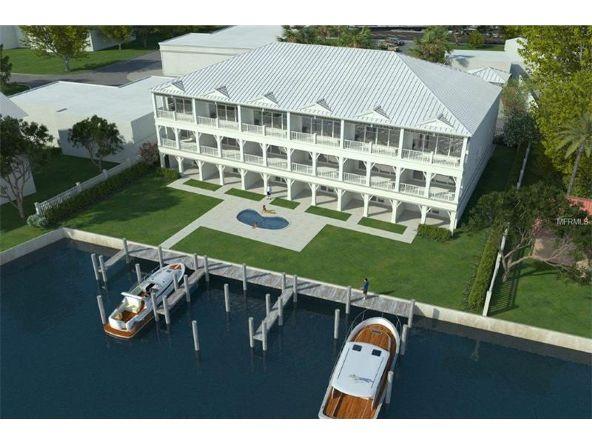 11725 1st St. E., Treasure Island, FL 33706 Photo 1
