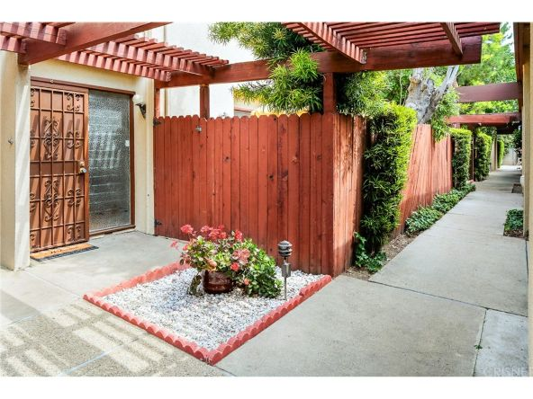 15542 Sherman Way, Van Nuys, CA 91406 Photo 2