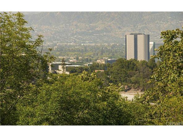 2921 Passmore Dr., Los Angeles, CA 90068 Photo 28