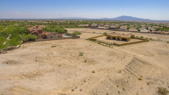 21071 W. Canyon Dr., Buckeye, AZ 85396 Photo 25