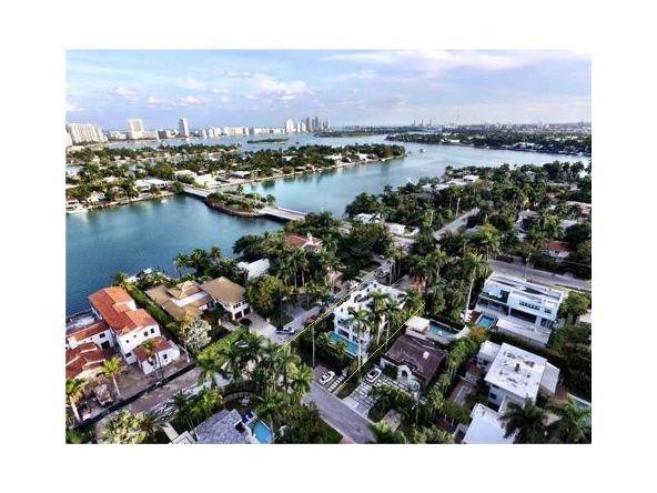 250 E. San Marino Dr., Miami Beach, FL 33139 Photo 2
