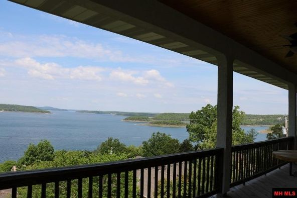 742 Edgewood Bay Dr., Lakeview, AR 72642 Photo 2