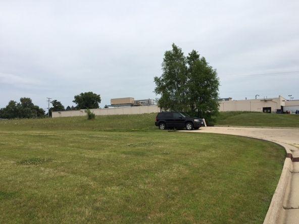 1501 Field Cir., Freeport, IL 61032 Photo 3
